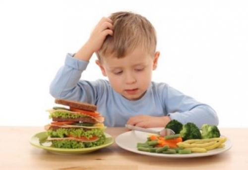 aprendiendo a comer